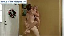 Порно сын трахаеца с мамой